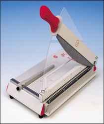 Gilotyna RC do cięcia papieru RC 440 C